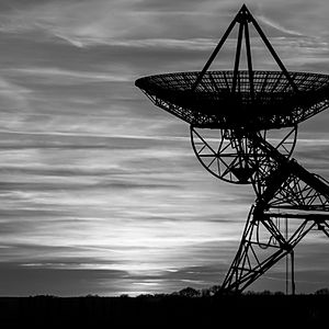 Dark radio telescope